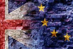 Brexit, vlaggen van de Europese Unie en het Verenigd Koninkrijk als ov Stock Afbeelding