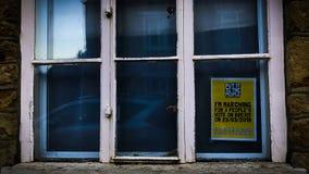 Brexit znak dla people's głosuje marsz w okno obrazy stock