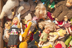 Bric-a-brac market with dolls Royalty Free Stock Photography