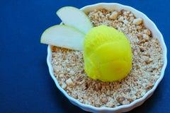 Briciola del Apple e gelato fotografie stock libere da diritti