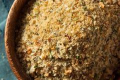 Briciole di pane casalingo organiche Fotografie Stock Libere da Diritti