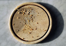 Briciole di pane su un piatto Immagine Stock