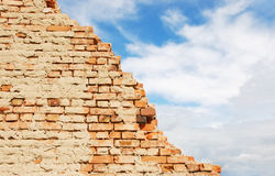 Brick wall and blue sky Royalty Free Stock Photo
