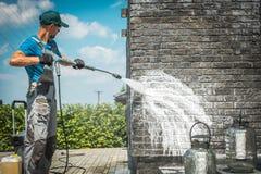 Free Brick Wall Pressure Washing Stock Photo - 139549070