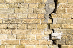 Brick Wall With Crack Royalty Free Stock Photos