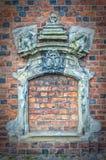 Bricked encima de la ventana de la iglesia imágenes de archivo libres de regalías