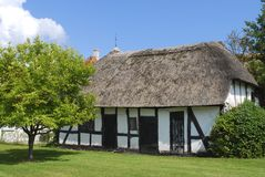 bricknogged типичная дома Дании старая Стоковые Изображения