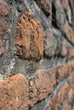 Brickwall με το μουτζουρωμένο υπόβαθρο Στοκ φωτογραφία με δικαίωμα ελεύθερης χρήσης