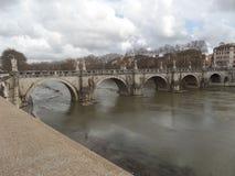 Bridżowa Rzym przerwy jesieni spaceru Włochy miłości zabawy Romantyczna architektura Zdjęcie Royalty Free