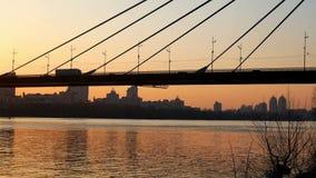 Bridżowa zmierzchu widoku rzeka zbiory