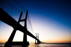 bridżowy da gama wschód słońca Vasco Fotografia Stock