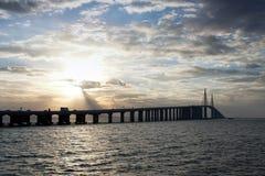 bridżowy skyway światło słoneczne Obrazy Royalty Free