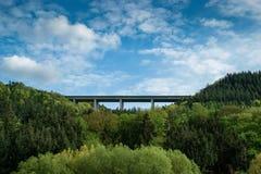 Bridżowy Autobahn Niemcy obrazy stock