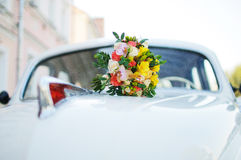 Bridal букет необыкновенных ярких цветов Стоковое Изображение