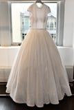 Bridal платье во время Виктора и Rolf Mariage представление собрания скачут/лета 2018 Стоковое Изображение RF