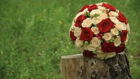 Bridal стрельба букета с Steadicam сток-видео