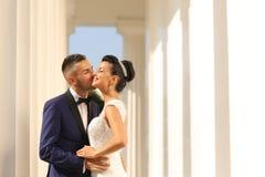 Bridal целовать пар Стоковое Изображение RF