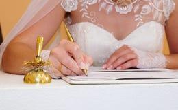 Bridal podpis w dokumencie Obrazy Stock