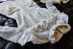 Bridal suknia podczas Viktor i Rolf Mariage Skaczemy, lata 2018 kolekci prezentacja/ Zdjęcie Royalty Free