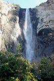 Bridalveil秋天,优胜美地国家公园,加利福尼亚,看见从停车场 免版税库存图片