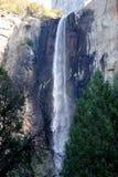 Bridalveil秋天,优胜美地国家公园,加利福尼亚,看见从基地 库存照片