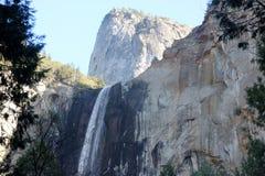 Bridalveil秋天,优胜美地国家公园,加利福尼亚,看见从基地 免版税库存图片