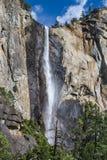 Bridalveil nedgångar i den Yosemite nationalparken Arkivfoto