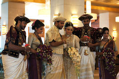 Free Bride And Groom In Sri Lanka Royalty Free Stock Image - 34063346