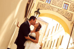 Bride and groom in the city Royalty Free Stock Photo