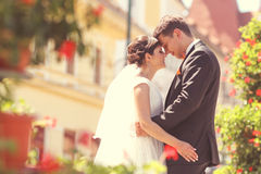 Bride and groom in the city Royalty Free Stock Photography