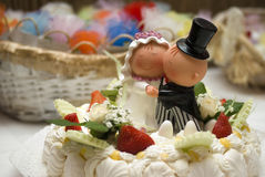 Bride and groom figurines Royalty Free Stock Photography