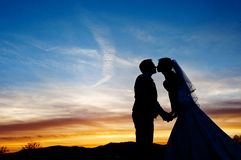 Bride and groom silhouette Royalty Free Stock Photography