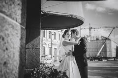 Bride and Groom at the Street Royalty Free Stock Photos