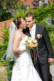 Bride kiss man Royalty Free Stock Photos