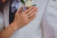 The bride's hand and wedding ring Royalty Free Stock Image