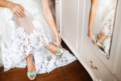 Bride's shoes on wedding day royalty free stock photos
