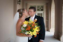 Brides peck Royalty Free Stock Photos