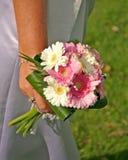 Bridesmaidâs Blumenstrauß stockfotografie