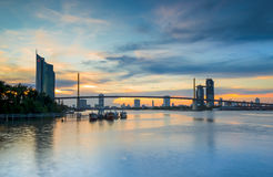 The Bridge across the river with Modern Building at dusk (Bangko. K, Thailand) 1 Royalty Free Stock Photos