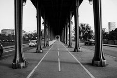 Bridge Bir-Hakeim in Paris, black and white Stock Image