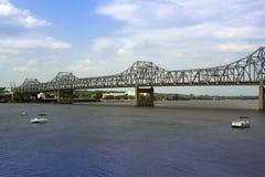bridge cantileveren Royaltyfri Bild