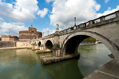 Bridge and castle de Sant' Angelo Stock Photography