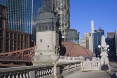 bridge chicago over river Στοκ εικόνα με δικαίωμα ελεύθερης χρήσης