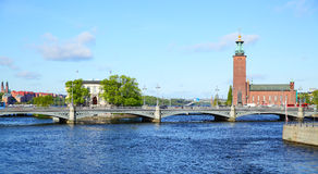 Bridge and city hall in Stockholm Royalty Free Stock Photography