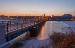 Bridge city landscape in snowy winter night Stock Photography