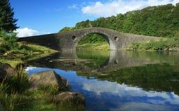 bridge clachan scotland uk Arkivfoton