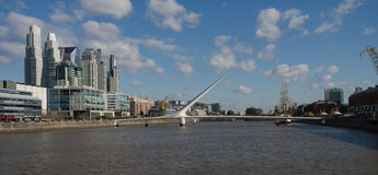 bridge de la mujer puente 图库摄影