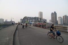 bridge den guangzhou haizhuen Royaltyfri Foto
