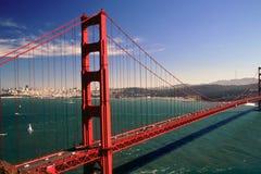 bridge den guld- porten Royaltyfri Foto