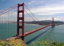 bridge den guld- porten Royaltyfri Bild